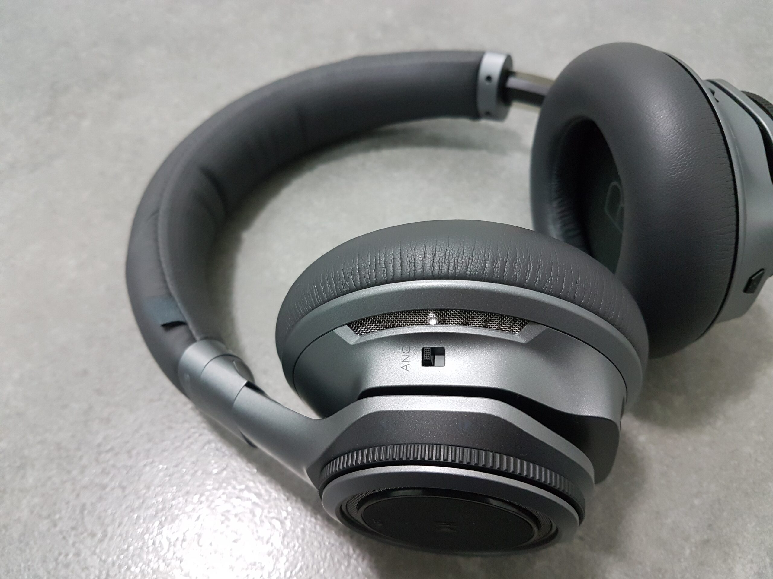 Update Firmware Through Plantronics Hub-findheadsets