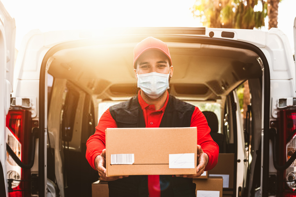 courier service from uk to india
